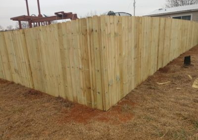 fence installation brandon